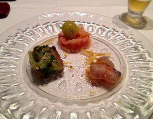 バカラ(干しタラ)と野菜のマリネ、自家製カラスミ、ゴーヤと鮑.JPG